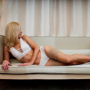 Bettina independent escort in Purcellville