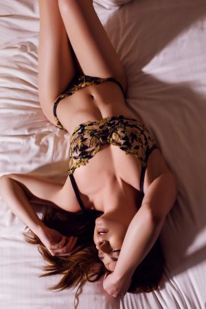 Keyra independent escort