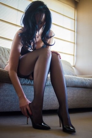 Bouchra incall escort in Independence